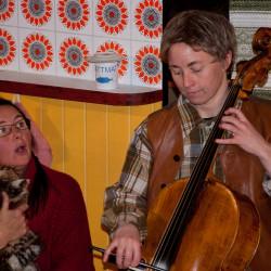 Kattmössan Maria och Beata